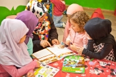 Kinder Club Werbeclip - Bildung - Vervires 05.04.2014 (4)