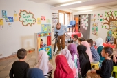 Kinder Club Werbeclip - Bildung - Vervires 05.04.2014 (5)