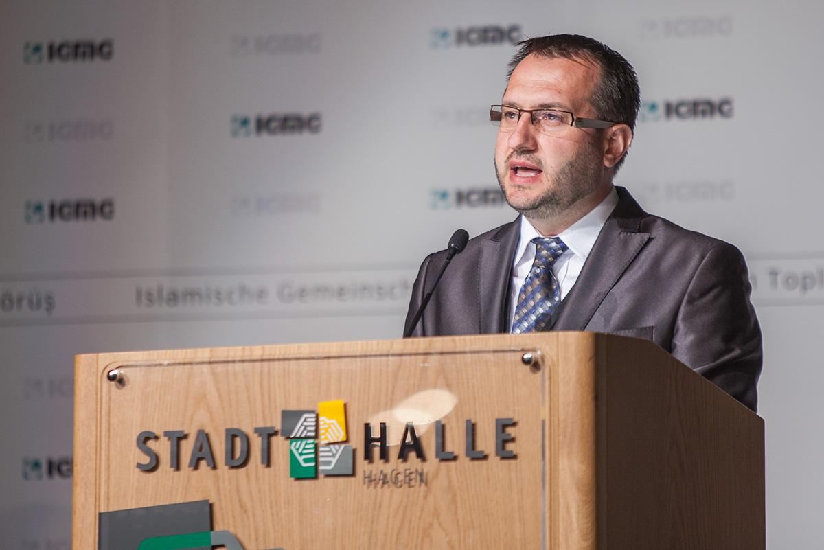 7 Delegiertenversammlung  7 Olagan Kongre  Vorsitzender  Genel Baskan  Hagen 04.05.2014 (1)