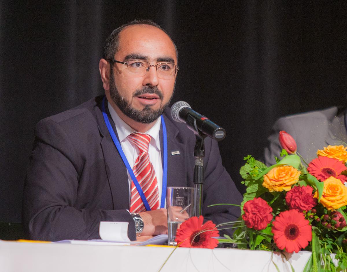 7 Delegiertenversammlung  7 Olagan Kongre  Vorsitzender  Genel Baskan  Hagen 04.05.2014 (6)